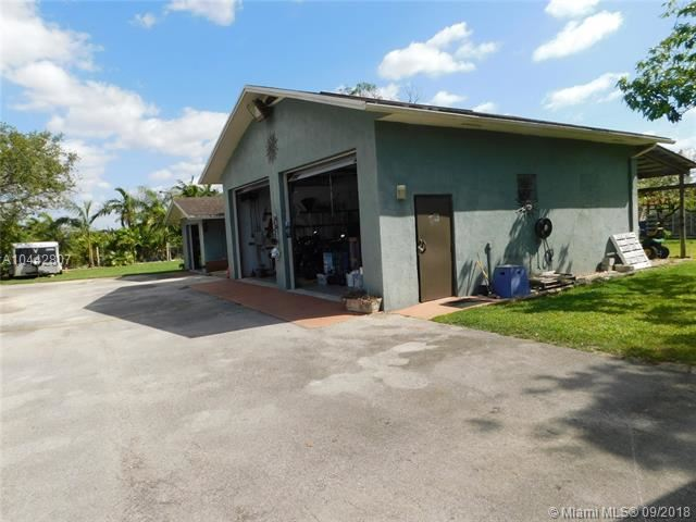 23795 Sw 217th Ave, Homestead, FL - USA (photo 5)