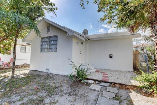 315 N K Street, Lake Worth, FL - USA (photo 2)