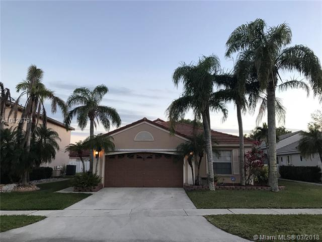 18164 Nw 21st St, Pembroke Pines, FL - USA (photo 2)