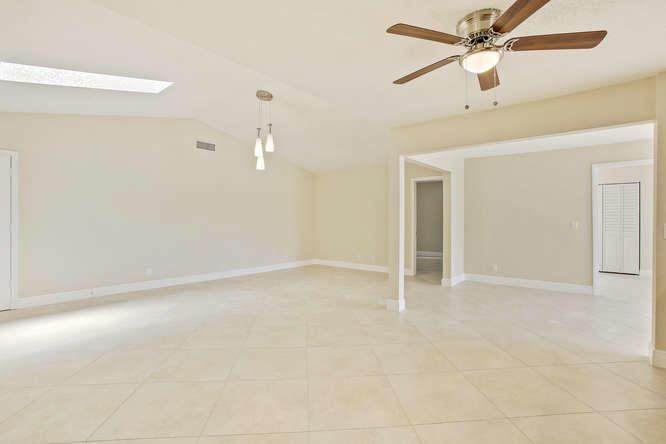 Single-Family Home - Palm Beach Gardens, FL (photo 5)