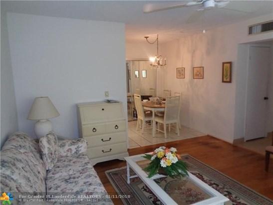 310 S Cypress Rd #702, Pompano Beach, FL - USA (photo 4)