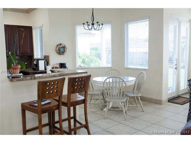 8210 Sw 189th Ter, Cutler Bay, FL - USA (photo 5)
