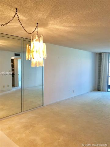 9511 N Hollybrook Lake Dr  #107, Pembroke Pines, FL - USA (photo 3)