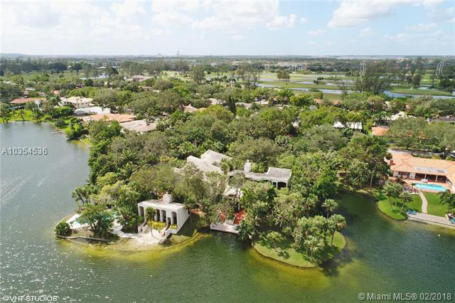 16181 W Troon Cir, Miami Lakes, FL - USA (photo 2)