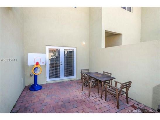 Condo/Townhouse - Homestead, FL (photo 2)
