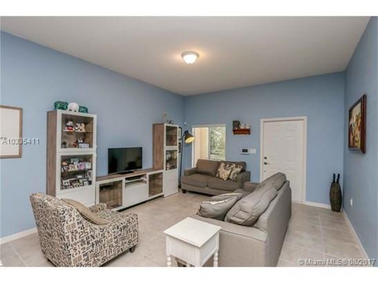 Condo/Townhouse - Homestead, FL (photo 5)