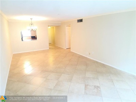 2980 Riverside Dr #223, Coral Springs, FL - USA (photo 2)