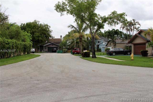 4851 Sw 103rd Ave, Cooper City, FL - USA (photo 2)