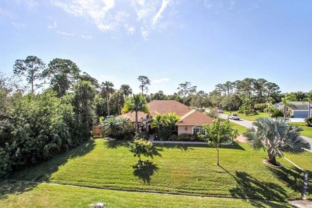 2198 Sw Jaguar Avenue, Port St. Lucie, FL - USA (photo 1)