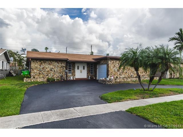 Single-Family Home - Sunrise, FL (photo 1)