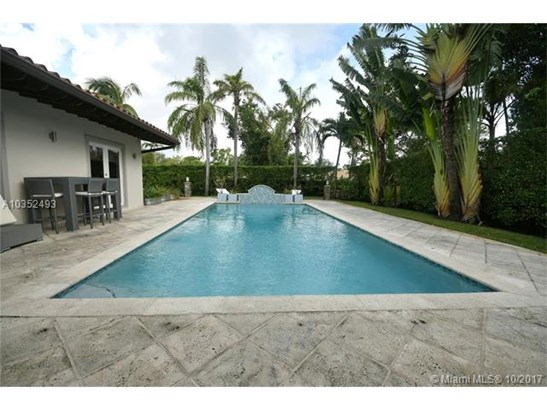 Single-Family Home - Biscayne Park, FL (photo 3)