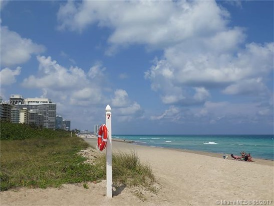 9273 Collins Ave  #1106, Surfside, FL - USA (photo 4)