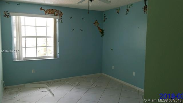 15580 Nw 5th St, Pembroke Pines, FL - USA (photo 4)
