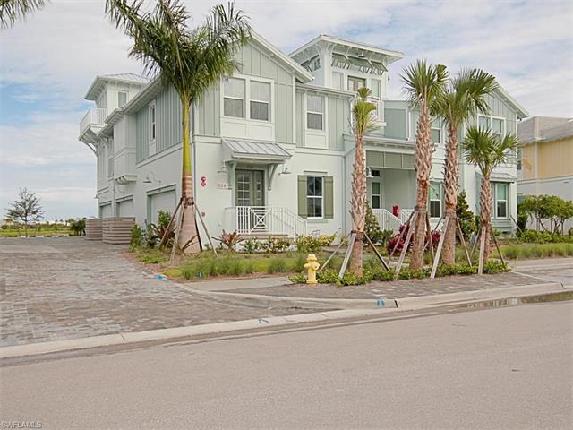Condo/Townhouse - NAPLES, FL (photo 2)