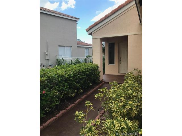 4378 Dogwood Cir, Weston, FL - USA (photo 2)