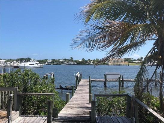 3953 Se Topsail Ct, Stuart, FL - USA (photo 1)