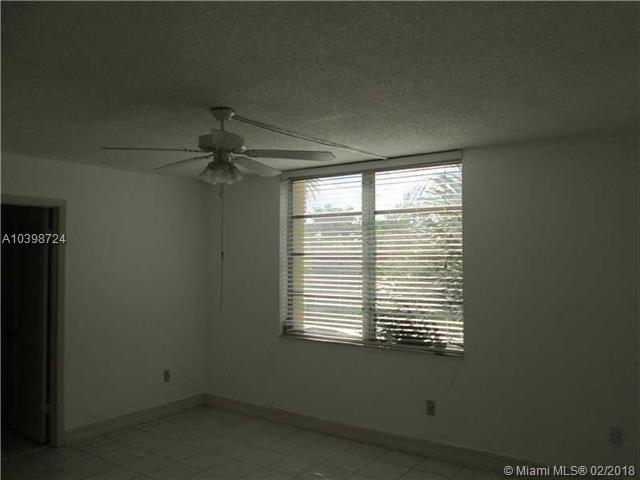 3195 Foxcroft  #203, Miramar, FL - USA (photo 5)