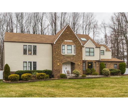 Residential, Colonial,Tudor - 1204 - East Brunswick, NJ (photo 3)