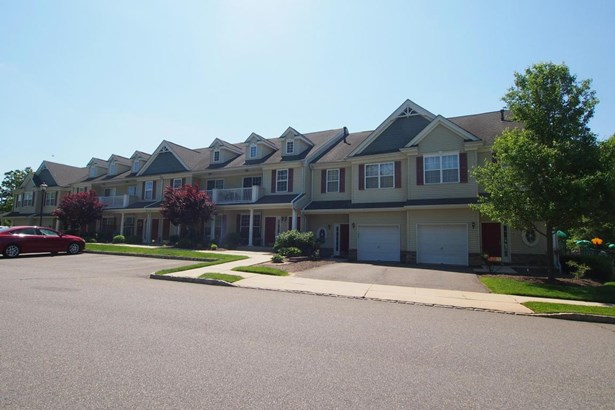 Condominium,Townhouse, Attached,Townhouse - Englishtown, NJ (photo 3)