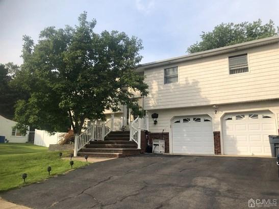 Single Family Residence - Spotswood, NJ