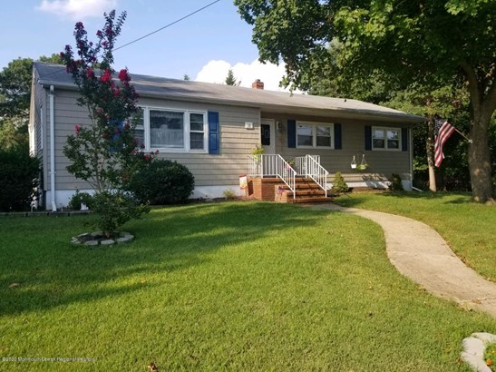 Ranch, Single Family,Detached - Oakhurst, NJ
