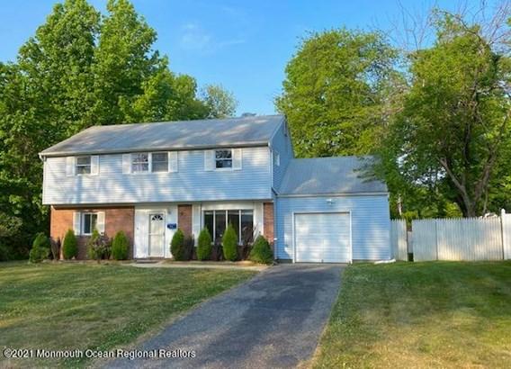 Split Level, Single Family,Detached - Oakhurst, NJ