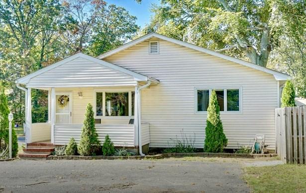Ranch, Single Family - Oakhurst, NJ