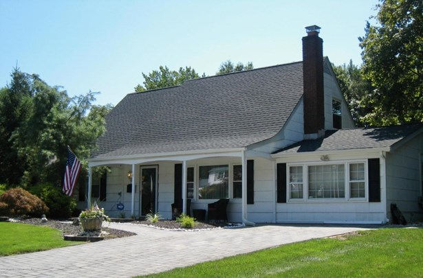 Cape,Expanded Ranch, Single Family,Detached - Aberdeen, NJ (photo 1)