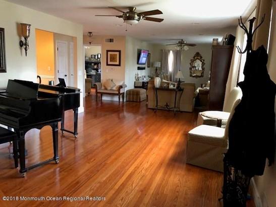 Colonial, Single Family,Detached - Oakhurst, NJ (photo 4)