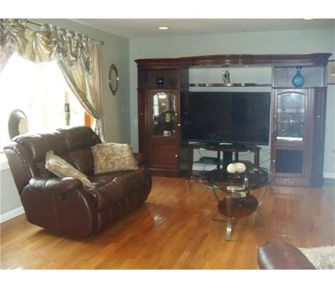 Residential - 1214 - North Brunswick, NJ (photo 4)