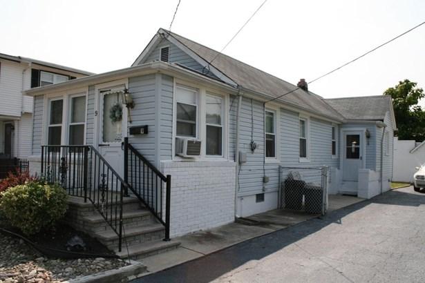 Cottage/Bungalow, Single Family,Detached - North Middletown, NJ (photo 1)