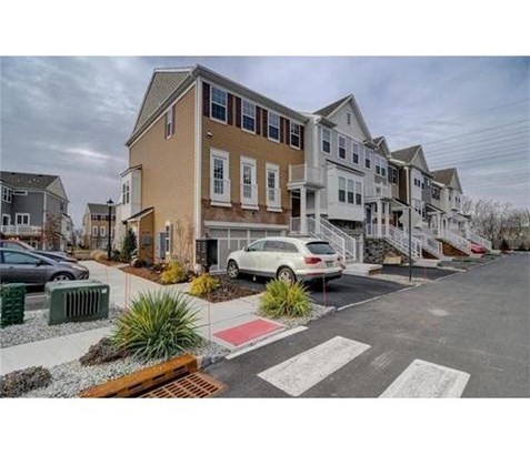 Condo/Townhouse - 1207 - Highland Park, NJ (photo 1)
