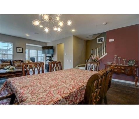 Condo/Townhouse - 1207 - Highland Park, NJ (photo 4)