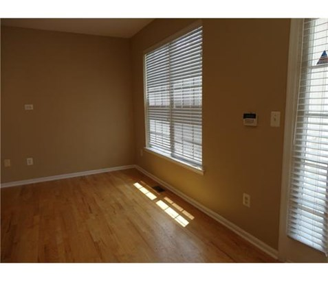 Condo/Townhouse, Traditional - 1209 - Metuchen, NJ (photo 3)