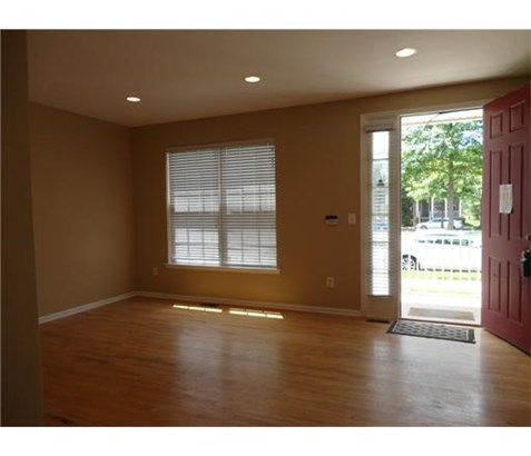 Condo/Townhouse, Traditional - 1209 - Metuchen, NJ (photo 5)