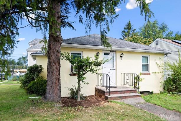 Single Family Residence, Ranch - North Brunswick, NJ