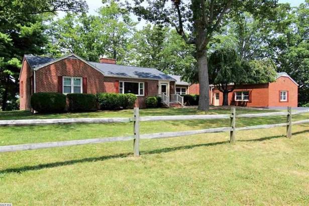 736 Hillcrest Dr, Staunton, VA - USA (photo 1)