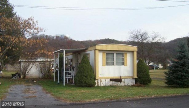 224 Chipley Ln, Moorefield, WV - USA (photo 1)