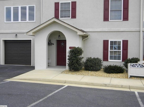 33 Rose Garden Ln 61, Fishersville, VA - USA (photo 1)