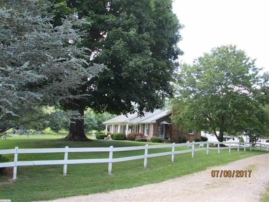 4273 Walkers Creek Rd, Middlebrook, VA - USA (photo 5)