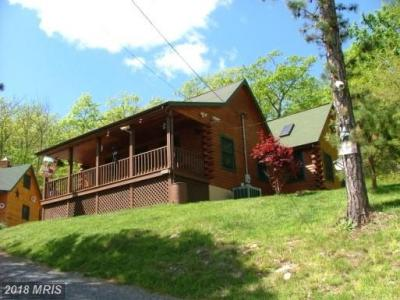 2010 High Valley Dr N, Franklin, WV - USA (photo 1)