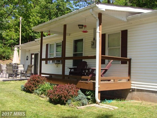 84 Turkey Foot Drive, Cabins, WV - USA (photo 2)