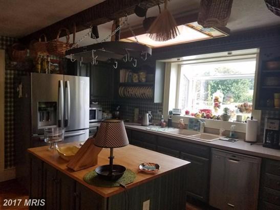 7126 Shady Grove Rd, Mount Crawford, VA - USA (photo 3)