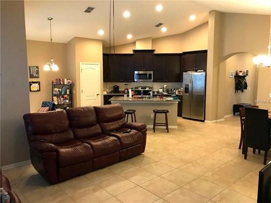 Single Family Home, Florida,Traditional - TAMPA, FL (photo 5)