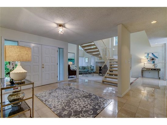 Single Family Home, Traditional - TAMPA, FL (photo 3)