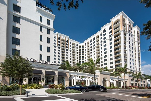Apartment - ST PETERSBURG, FL