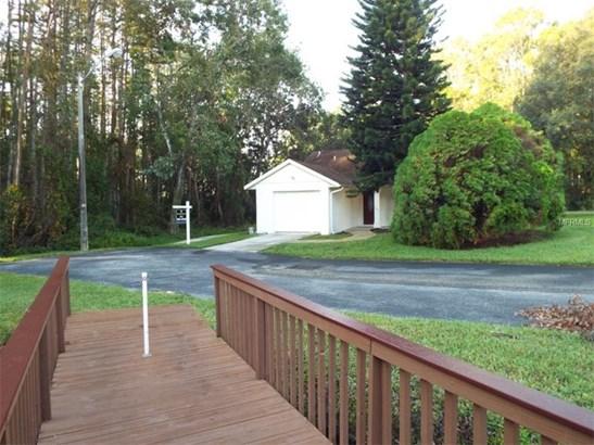 Single Family Home, Contemporary - NEW PORT RICHEY, FL (photo 4)