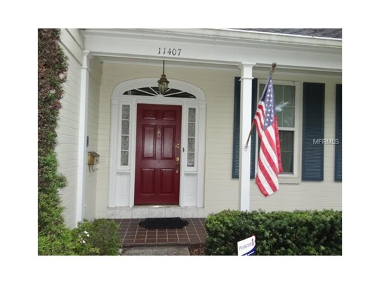 Single Family Home, Traditional - TAMPA, FL (photo 4)