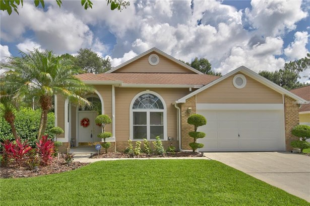 Contemporary,Florida,Traditional, Single Family Residence - TAMPA, FL