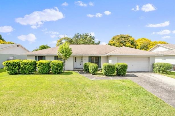 Single Family Residence, Contemporary - VALRICO, FL